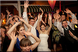 How do you get the Best Photos at your Wedding Reception